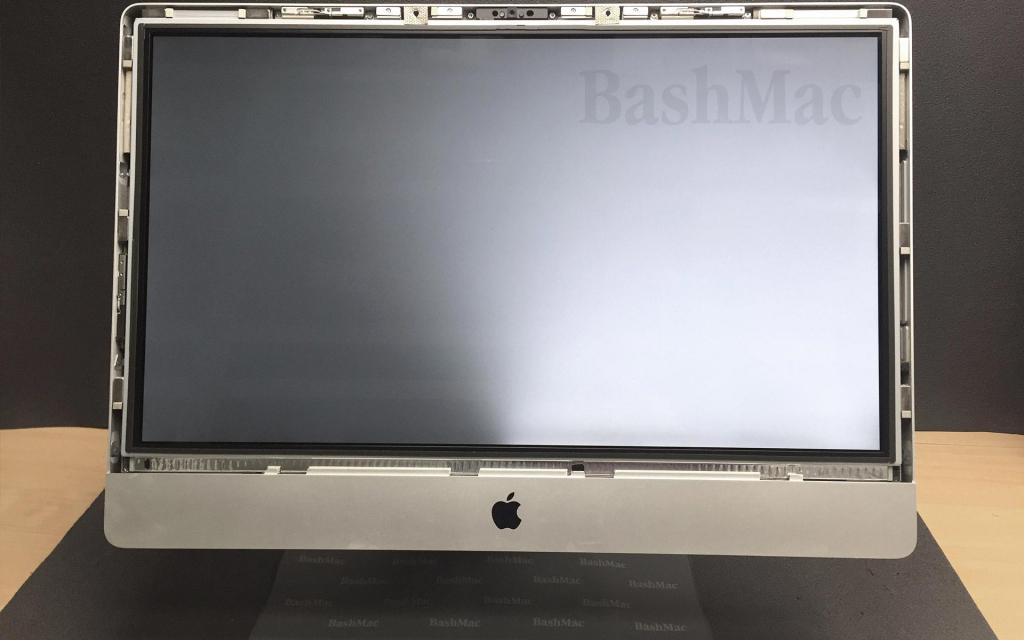 Ремонт підсвітки екрану iMac. Заміна світлодіодів.